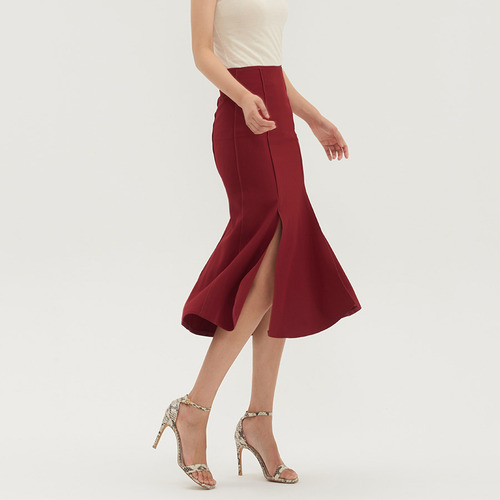 Pannel slit skirts