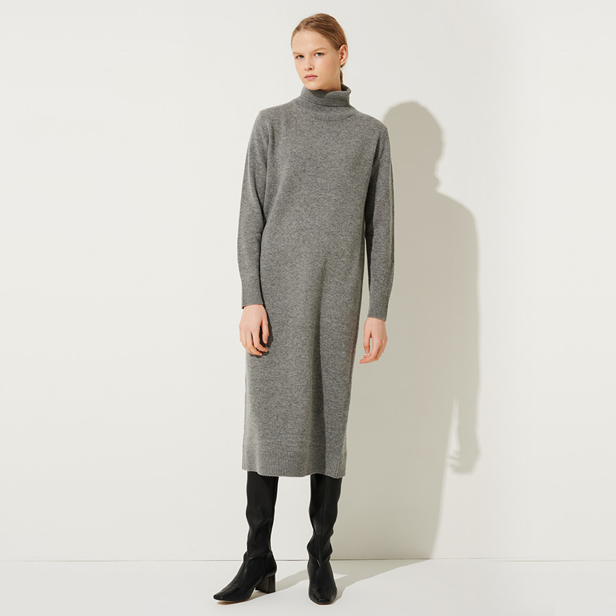 Simply wool turtle dress