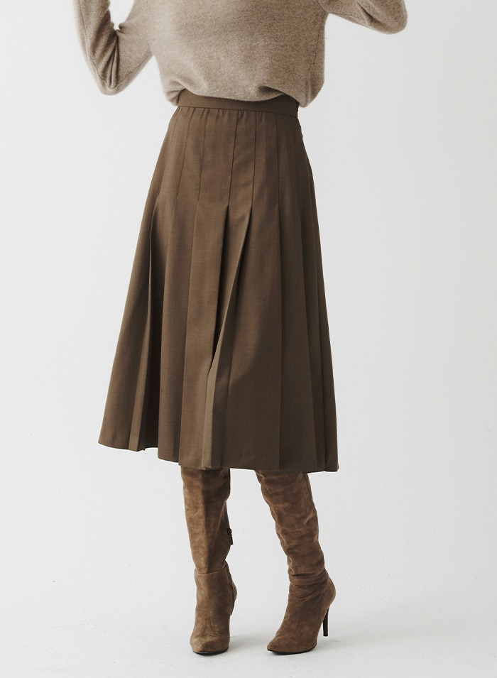 Sasha pleated skirt