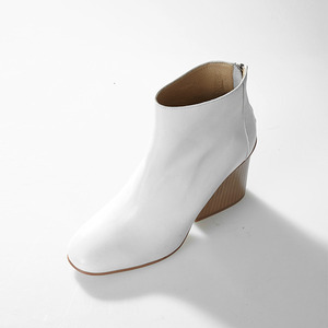 WISDY ANKLE BOOTS