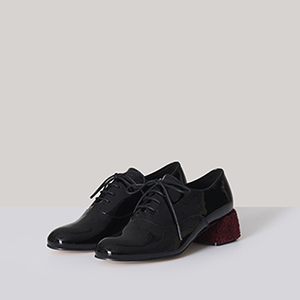 L.DORIS BLACK Loafer
