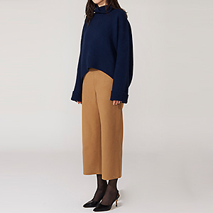 S.wool-blend crop slacks