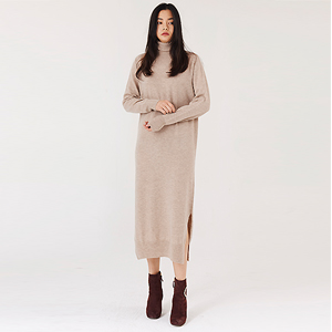 WOOL 100% WHOLE GARMENT TURTLE KNIT DRESS