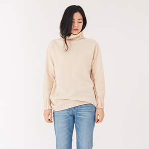 M. turtle cream ivory knit
