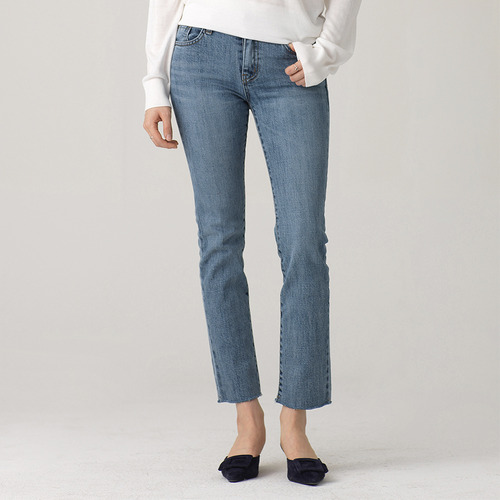 SUPER FIT STRAIGHT DENIM LIGHT BLUE