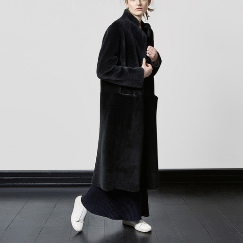 Dyed shearling coat