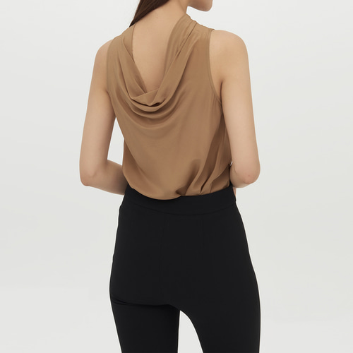 SILK turtle neck sleeveless