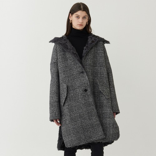 REVERSIBLE LAMB FUR CHECK COAT