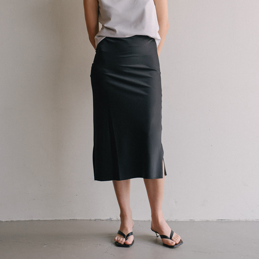 JANUE side slit skirts