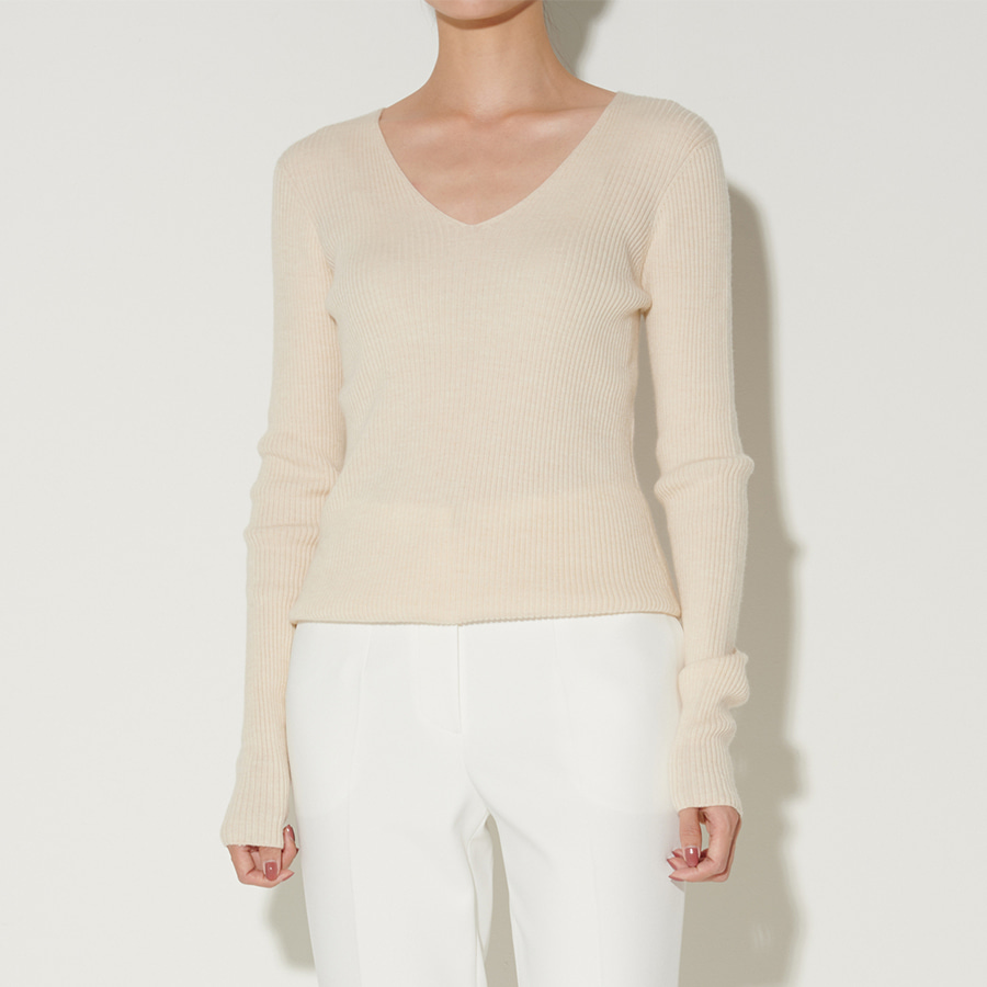 Cady Ribbed V knit