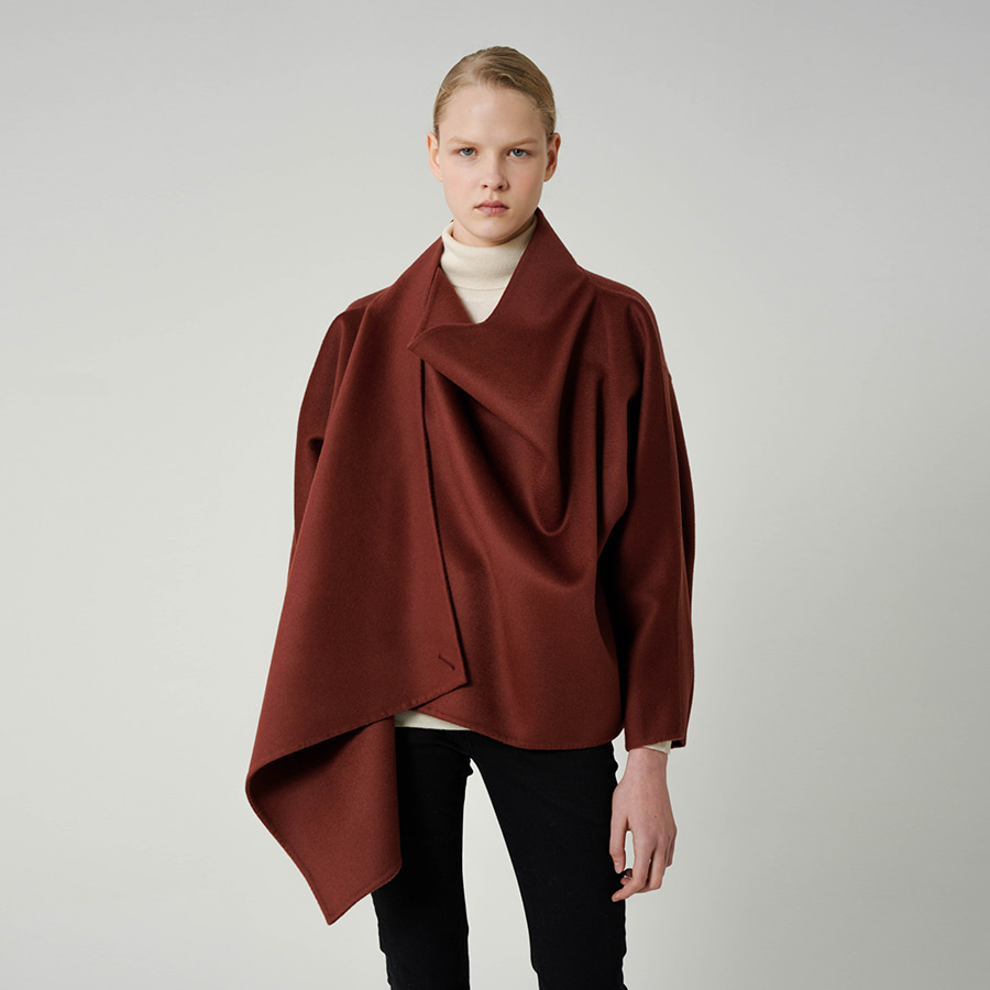 Varie short cape coat