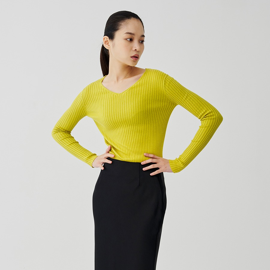 Adi V ribbed knit